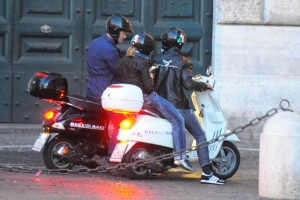 Madonna riding a Vespa in Rome - 13 June 2012 (15)