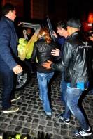 Madonna riding a Vespa in Rome - 13 June 2012 (27)