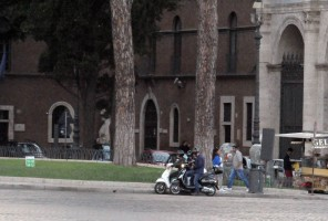 Madonna riding a Vespa in Rome - 13 June 2012 (29)
