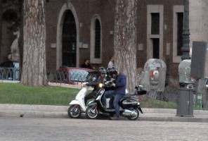 Madonna riding a Vespa in Rome - 13 June 2012 (31)
