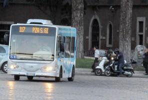 Madonna riding a Vespa in Rome - 13 June 2012 (35)