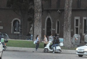 Madonna riding a Vespa in Rome - 13 June 2012 (40)