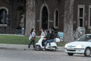 Madonna riding a Vespa in Rome - 13 June 2012 (41)