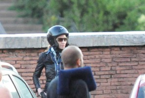Madonna riding a Vespa in Rome - 13 June 2012 (43)