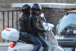 Madonna riding a Vespa in Rome - 13 June 2012 (59)