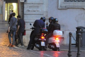 Madonna riding a Vespa in Rome - 13 June 2012 (62)