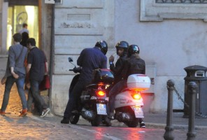 Madonna riding a Vespa in Rome - 13 June 2012 (63)
