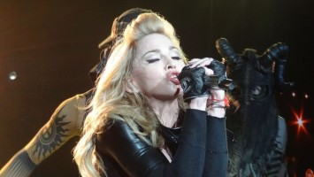 MDNA Tour - Florence - 16 June 2012 - Vimilon (1)