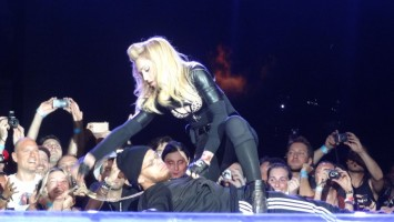 MDNA Tour - Florence - 16 June 2012 - Vimilon (4)
