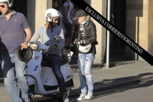 Madonna shopping at Ponte Vecchio in Florence, Italy - 15 June 2012 (5)