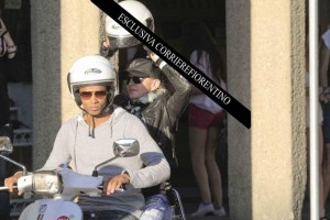 Madonna shopping at Ponte Vecchio in Florence, Italy - 15 June 2012 (8)