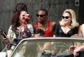 Madonna on the set of Turn up the Radio - 18 June 2012 - Part 3 (19)