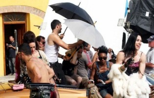 On the set of Turn up the Radio - Florence - Madonna (5)