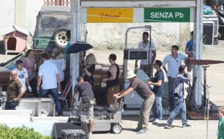 On the set of Turn up the Radio - Florence - Madonna (22)