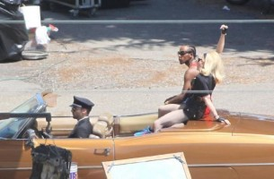 On the set of Turn up the Radio - Florence - Madonna (26)