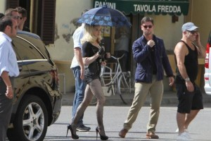 On the set of Turn up the Radio - Florence - Madonna (49)