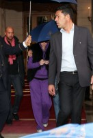Madonna look-a-like leaving the Ritz Hotel, Paris (2)