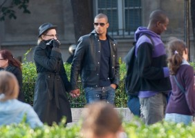 Madonna visiting the Notre Dame in Paris (12)