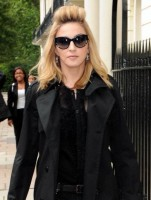 Madonna out and about in London - 20 July 2012 (2)