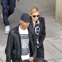 Madonna visits the Leopold Museum, Vienna - 30 July 2012 (6)