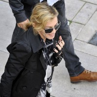 Madonna visits the Leopold Museum, Vienna - 30 July 2012 (7)