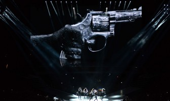 Unique look at the MDNA Tour stage by Moment Factory (2)