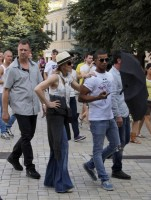 Madonna out and about in Kiev - 3 August 2012 (20)