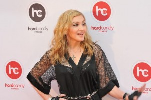 Madonna at the Hard Candy Fitness Opening in Moscow - 6 August 2012 - Update 01 (12)