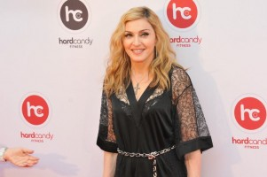 Madonna at the Hard Candy Fitness Opening in Moscow - 6 August 2012 - Update 01 (15)