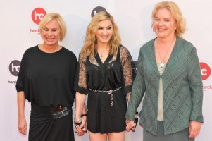 Madonna at the Hard Candy Fitness Opening in Moscow - 6 August 2012 - Update 01 (24)