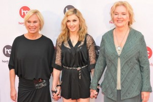 Madonna at the Hard Candy Fitness Opening in Moscow - 6 August 2012 - Update 01 (25)