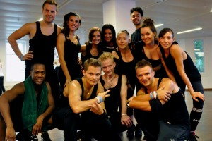 Madonna giving Addicted to Sweat dance class in Moscow (12)