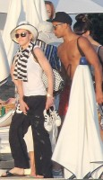 Madonna relaxing in the Antibes in France -  20 August 2012 (17)
