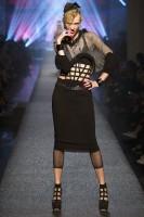 Madonna - Jean Paul Gaultier Fashion Week Paris (4)