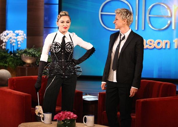 Madonna au ellen degeneres show 16 photos madonnarama - Ellen show address ...