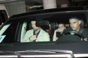 1 December 2012 - Madonna Having dinner with Luciano Huck, Rio de Janeiro (3)