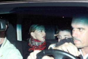 1 December 2012 - Madonna Having dinner with Luciano Huck, Rio de Janeiro (5)