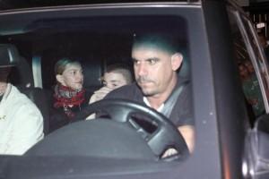 1 December 2012 - Madonna Having dinner with Luciano Huck, Rio de Janeiro (8)