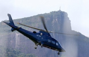 2 December 2012 - Madonna Leaving for the Parque Olimpico Cidade do Rock by Helicopter, Lagao (6)