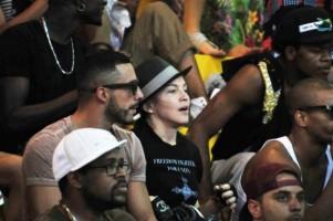 Madonna attends AfroReggae in Rio de Janeiro - Part 2 (4)