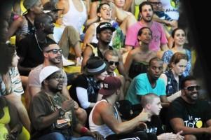 Madonna attends AfroReggae in Rio de Janeiro - Part 2 (5)