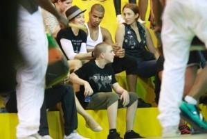 Madonna attends AfroReggae in Rio de Janeiro - Part 2 (7)