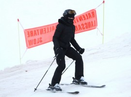 Madonna skiing in Gstaad, Switzerland (7)
