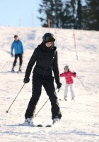 Madonna skiing in Gstaad, Switzerland (9)