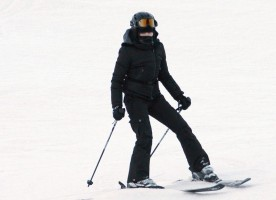 Madonna skiing in Gstaad, Switzerland - Part 2 (5)