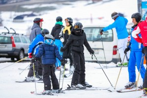 Madonna skiing in Gstaad, Switzerland - Part 2 (11)
