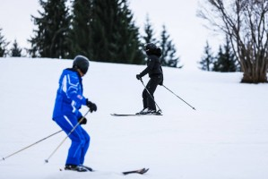 Madonna skiing in Gstaad, Switzerland - Part 2 (15)