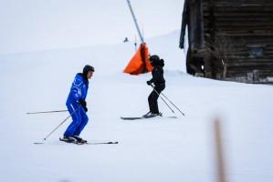Madonna skiing in Gstaad, Switzerland - Part 2 (17)