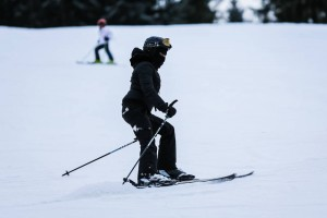 Madonna skiing in Gstaad, Switzerland - Part 2 (20)