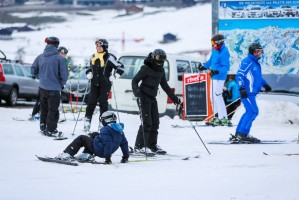 Madonna skiing in Gstaad, Switzerland - Part 2 (25)